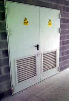 Puertas, registros y armarios de instalaciones