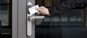 SMARTair es un potente sistema de control de accesos que ofrece una evolución inteligente
